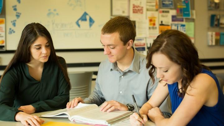 studenci uczniowie